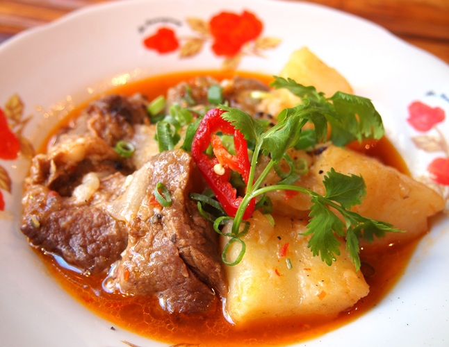 Bo Nau Khoai Tay